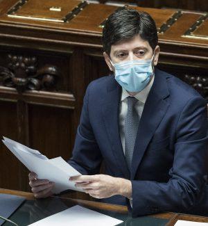 """Calabria, piano vaccinale: i """"grillini"""" chiedono un cambio di passo"""