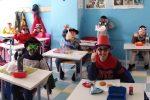 I bimbi in maschera della terza Primaria del plesso Sperone dell'Ic Evemero