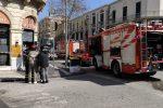 Messina, principio di incendio in un locale in pieno centro