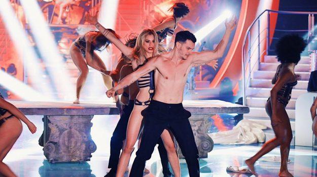 La ballerina cosentina Naomi Mele sbarca a Sanremo FOTO