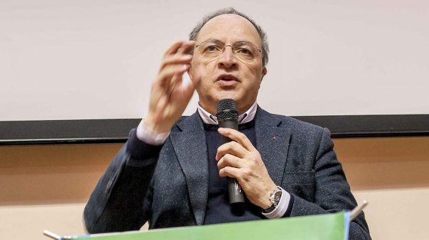 provincia di cosenza, Franco Iacucci, Cosenza, Politica