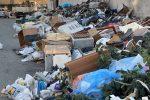 """Reggio sommersa dai rifiuti, cittadini esausti: """"Qui come nella terra dei Fuochi"""" - VIDEO"""