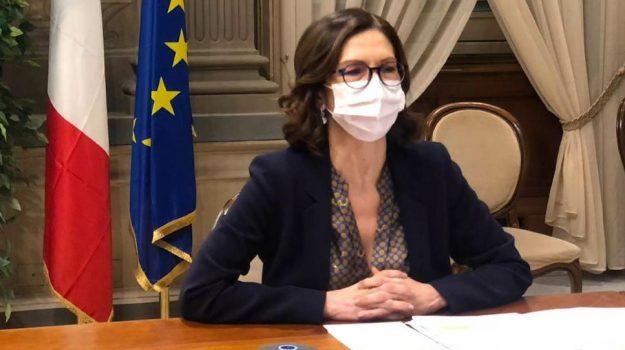 astrazeneca, coronavirus, vaccino, Maria Stella Gelmini, Sicilia, Cronaca