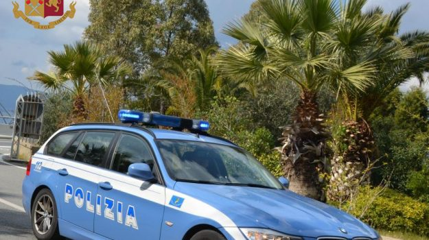 cocaina, coniugi denunciati, polizia stradale cosenza, Cosenza, Cronaca