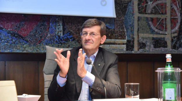 ministro dell'innovazione tecnologica, Vittorio Colao, Sicilia, Politica