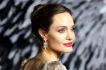 Angelina Jolie a sostegno delle donne afghane. In due giorni 7 milioni di follower su Instagram
