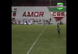 Brasile, in gol con il tiro di piatto sincronizzato Il fiuto del gol è la specialità di Edson Kapa - Dalla Rete