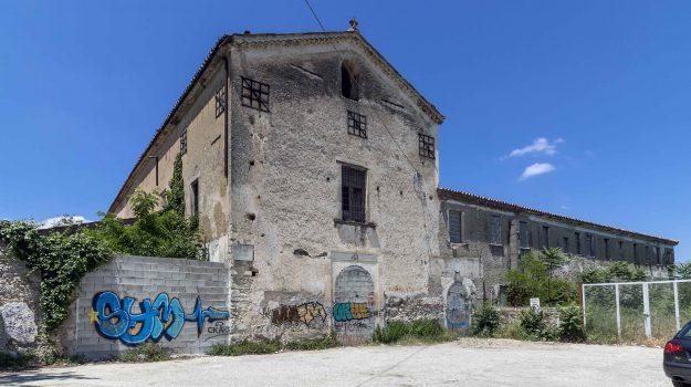cosenza, ricovero Umberto I, Cosenza, Cronaca