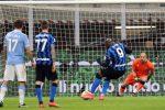 Lukaku stende la Lazio, l'Inter vola in testa. La Roma sorpassa la Juventus