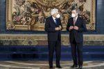Draghi prepara il discorso alle Camere: si parte da recovery e vaccini. E c'è il nodo Arcuri