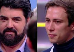 Masterchef: Antonio imita Antonino Cannavacciuolo, la reazione dello chef è tutta da guardare Il concorrente presenta un piatto di crepes e poi imita lo chef che si diverte - Corriere Tv