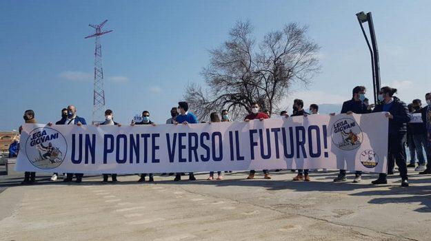 ponte sullo stretto, sì della lega, Luca Toccalini, Matilde Siracusano, Messina, Cronaca