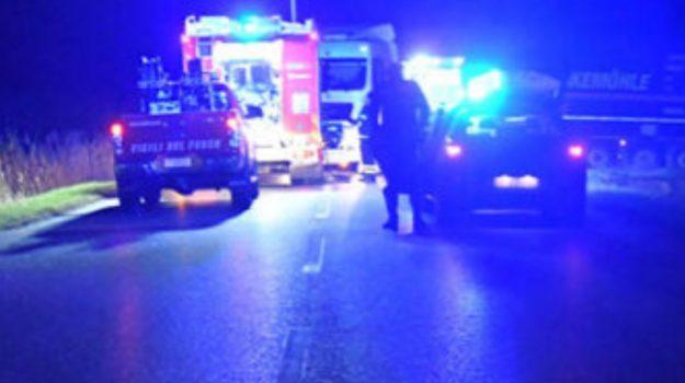 auto contro tir, muore 51enne, nocara, Vincenzo Battafarano, Cosenza, Cronaca