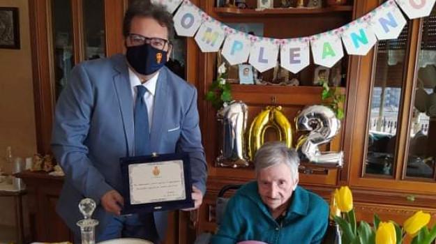 insegnante centenaria, messina, Anna Moretti, Messina, Cultura