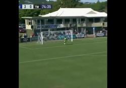 Nuova Zelanda, segna da centrocampo Rapida di pensiero e tecnica: è questa la sintesi del gol di Hamish Watson - Dalla Rete