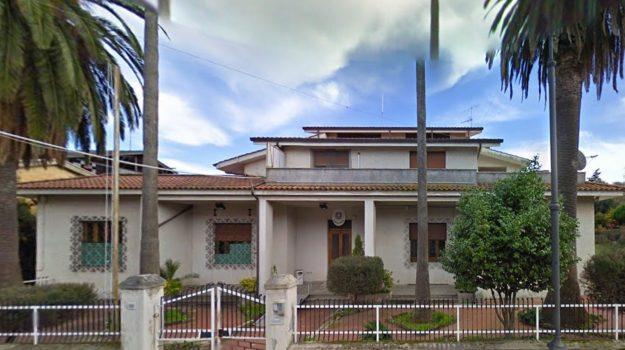 maltrattamenti in famiglia, oppido mamertina, violenza sessuale su minore, Reggio, Cronaca