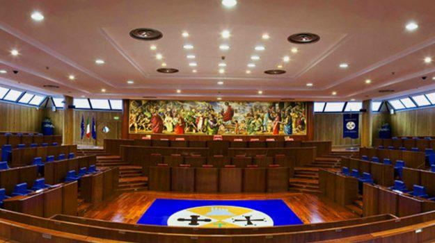 consiglio regionale calabria, Carlo Tansi, Calabria, Politica