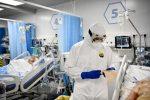 Il coronavirus frena la sua corsa in Sicilia, migliorano anche i dati di Messina. Il parere degli esperti