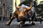 """Sicilia, addio allo scultore Arturo Di Modica: suo il """"Toro"""" di Wall Street"""