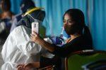 Covid: rischio alto per le varianti inglese, sudafricana e brasiliana. Vaccini parzialmente efficaci?