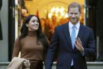 """Ancora veleno. Fonti di Buckingham Palace: """"Lilibet? Harry non ha chiesto il permesso alla regina"""""""
