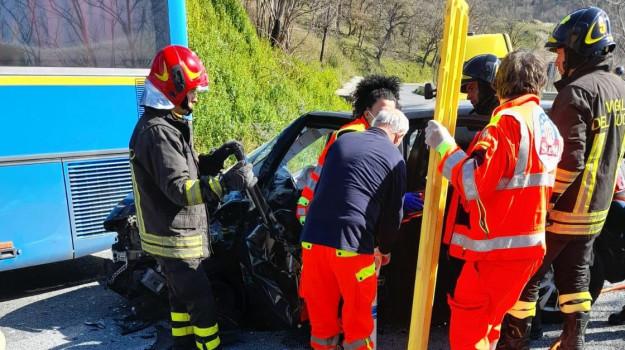 incidente fuscaldo, Cosenza, Cronaca