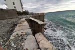 Fuscaldo, località Messinette lentamente inghiottita dal mare. LE IMMAGINI
