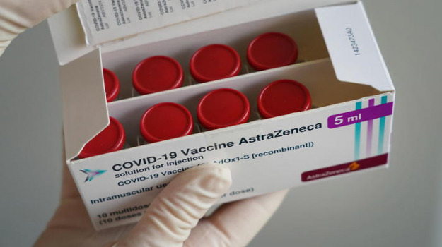 astrazeneca, coronavirus, danimarca, vaccino, Sicilia, Cronaca