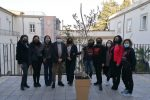 """A Cosenza si coltiva... la """"non violenza"""": piantato un albero di ulivo in piazza 15 Marzo"""