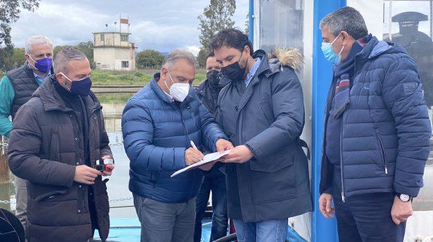 cassano, pontone galleggiante, Gianni Papasso, Cosenza, Cronaca