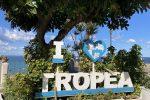 Affittano appartamento a Tropea, ma la casa vacanze non esiste. Truffati 8 ventenni molisani
