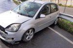 Messina, auto sbanda a causa della pioggia e del gasolio a San Filippo FOTO
