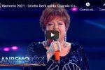 """Orietta Berti canta """"Quando ti sei innamorato"""" a Sanremo 2021 - VIDEO"""