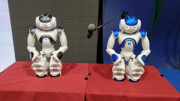 Ecco il robot che declama Dante. L'idea dei ragazzi dell'Iis Verona Trento di Messina. IL VIDEO