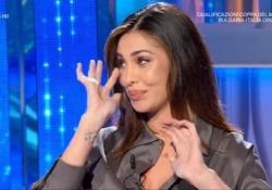 Belen in lacrime a Domenica In ricordando le sue origini: «Sono incinta, scusate» La showgirl ha ricordato i suoi inizi e quando ha lasciato il suo Paese, l'Argentina - Ansa