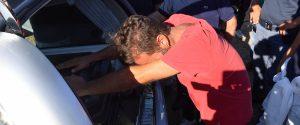 Daniele Mondello, il padre del piccolo Gioele di 4 anni, in lacrime sulla bara dove sono stati adagiati i resti umani trovati qnelle campagne di Caronia che potrebbero appartenere al figlioletto