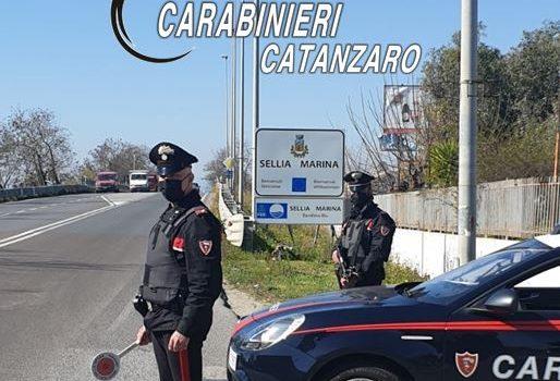 arresto, carabinieri, sellia marina, tentata estorsione, Catanzaro, Cronaca