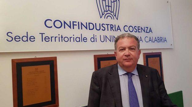 Cosenza, Economia