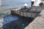 Messina, aveva costruito una rampa in cemento sulla spiaggia per la barca. Denunciato