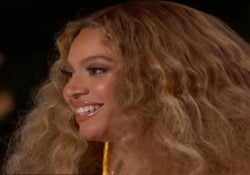 Grammy 2021, Beyoncé dedica la vittoria ai figli: «Sono così orgogliosa di voi» La cantante ha vinto in quattro categorie, diventando l'artista femminile più premiata di sempre - Ansa
