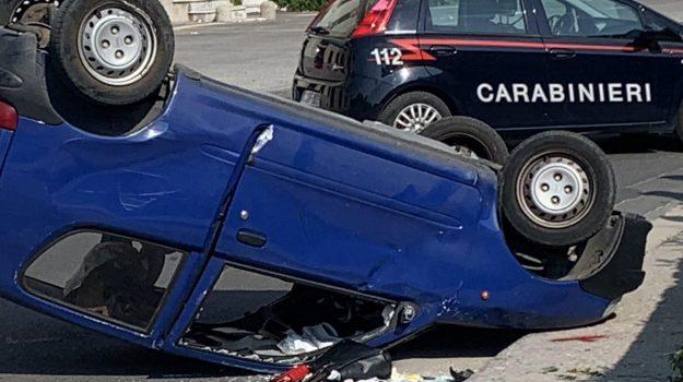 donna travolta dalla sua auto, incidente, Reggio, Cronaca