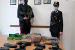 """Le nuove armi della 'ndrangheta sono le mitragliette """"Uzi"""" di fabbricazione israeliana. Le foto"""