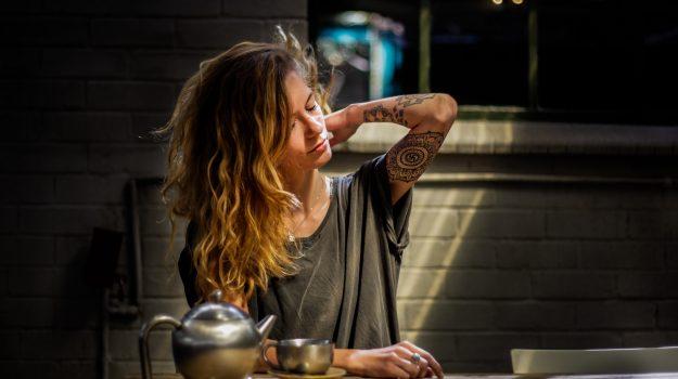 tatuaggi, Sicilia, Società