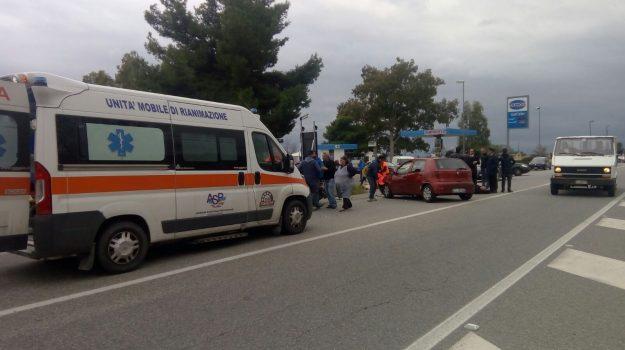 incidenti, melito, statale 106 jonica, Reggio, Cronaca