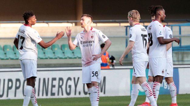 Verona non è fatale, il Milan torna a sorridere e non molla la presa