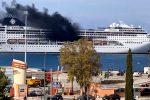 Incendio sulla Msc Lirica ormeggiata a Corfù, sul posto i vigili del fuoco