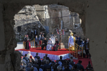 """Il Papa a Mosul: """"La fraternità è più forte del fratricidio"""""""