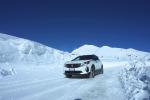 Peugeot 3008 Hybrid4, sicurezza anche su fondi invernali