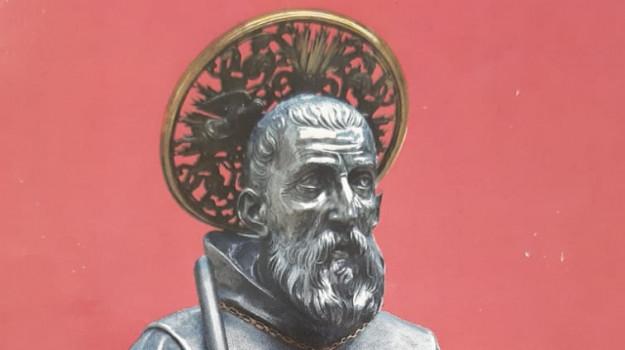 furto reliquie, San Francesco di Paola, Calabria, Cronaca
