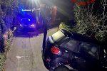 Messina, auto in bilico sul precipizio a Portella. Nessuno al volante, autista rintracciato a casa